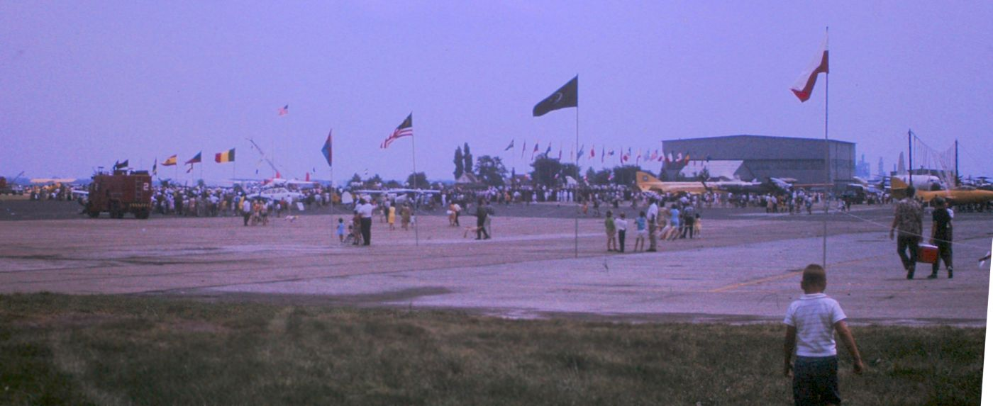Abandoned Little Known Airfields Pennsylvania Southern Car Sound System Diagram Images Pictures Becuo An October 1967 Photo By Jack Kenton Of Airshow At Mustin Field