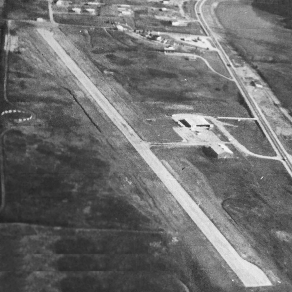A 1961 aerial view by David Stevenson looking east at Roane County Airport.