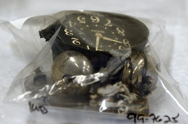 Alarm clock used as a detonator found in Dylan Klebold's car.
